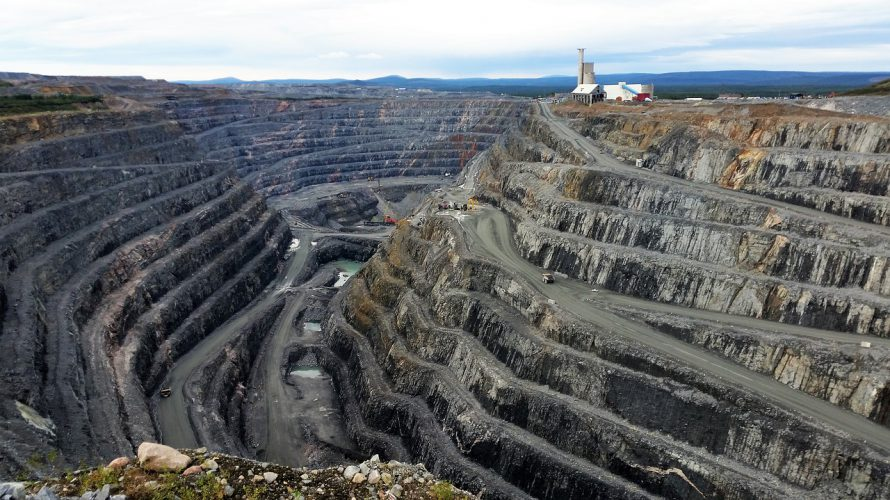 Innovation needed to overcome biodiversity risks of renewable energy mineral mining – UQ News