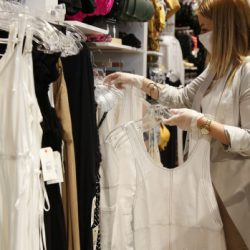 Canadian retail sales slow after surpassing pandemic losses – BNN