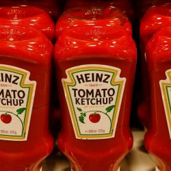 Kraft Heinz just unveiled a 'platform'-based strategy for managing its food brands. Here's how one executive hopes that could finally get sales growing again.
